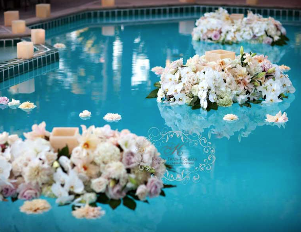 Floating flowers and candlelight tran wedding details pinterest floating flowers for Floating candles swimming pool wedding