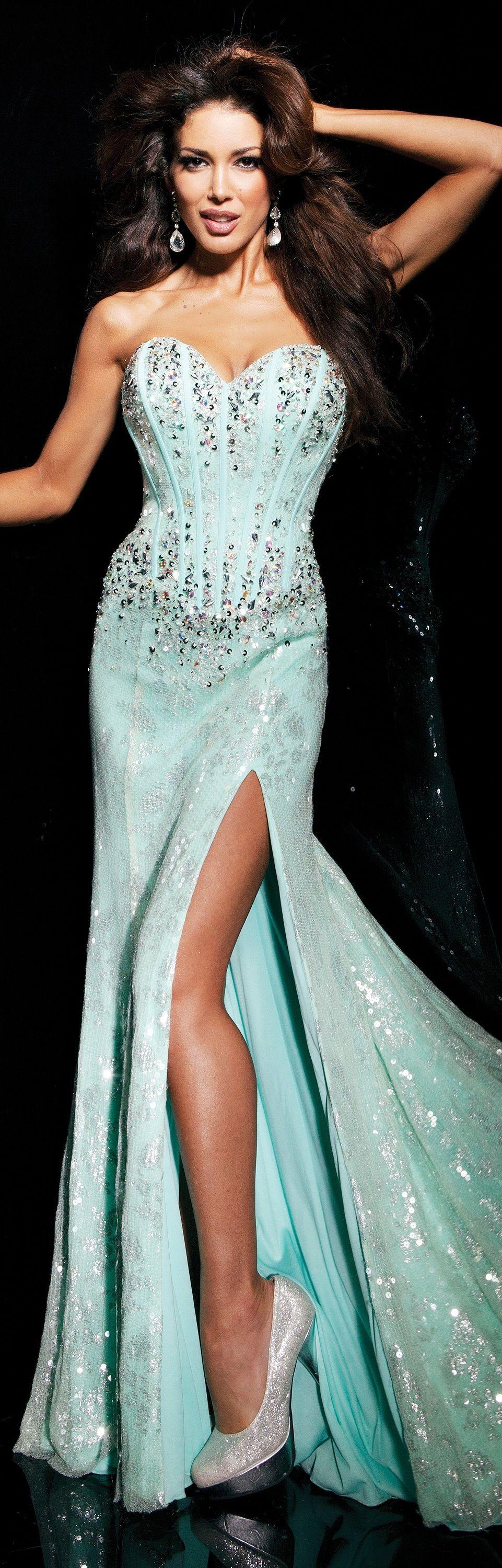Tony Bowls couture/ 2014 ~ | Amazing Dresses | Pinterest | Tony ...