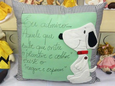 Karla Barbosa - Almofada Snoopy