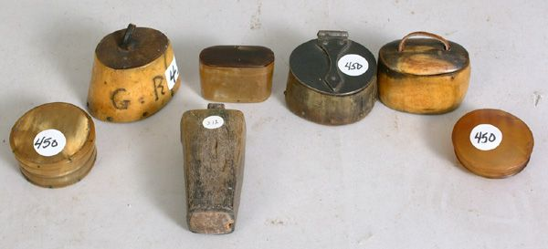 Group of 18th c. and 19th c. horn snuff boxes. google.com