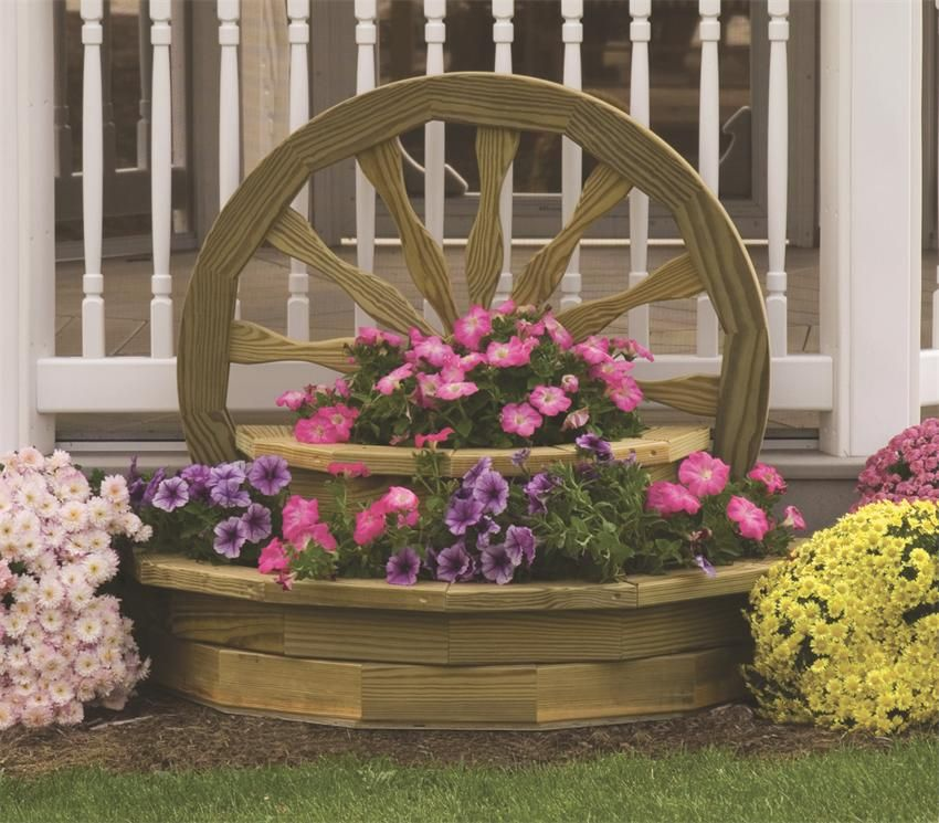 Amish wooden large wagon wheel planter landscaping for Diy wagon wheel