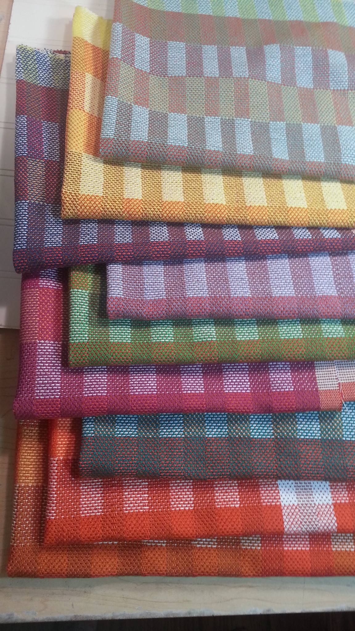 Tea towel pattern.   Woven towel   Pinterest   Telar, Ponchos y Puntos