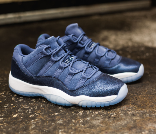 best sneakers c1221 276f5 Air Jordan 11 Low