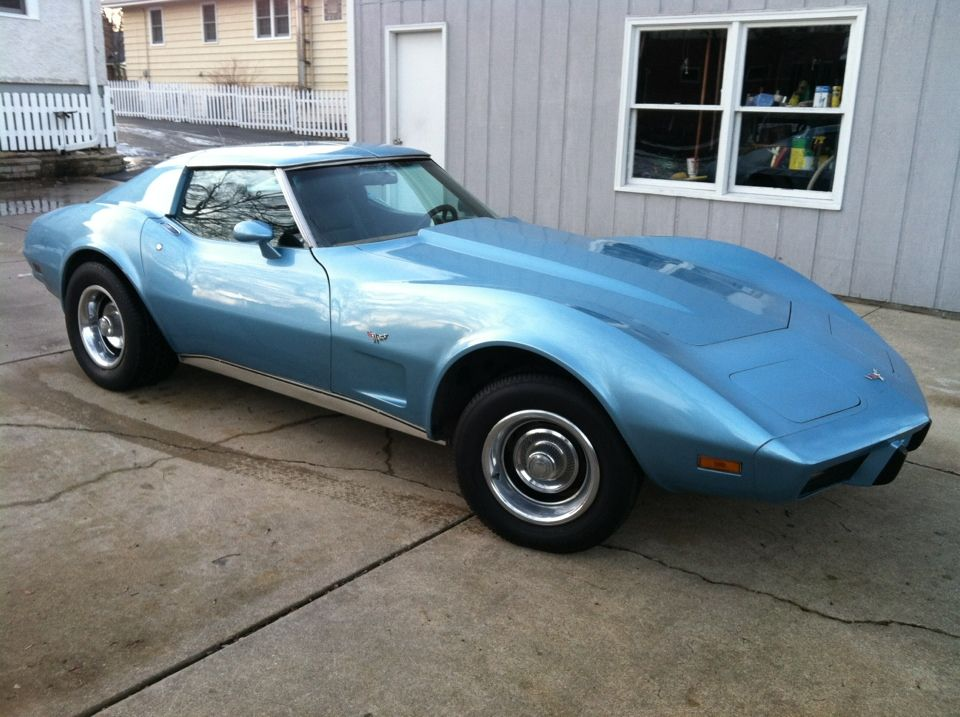 77 Corvette ... another one of my stupid buys , no title had to sell ...