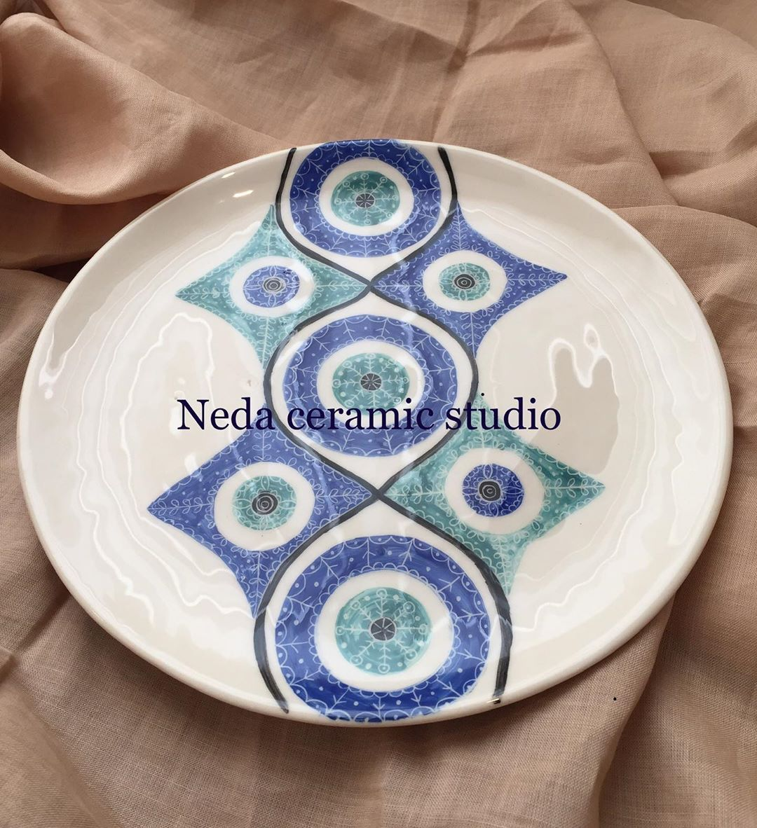 "🌀NedaBayat🌀 on Instagram: ""#ceramics #ceramiccoating #cramic #ceramicart #ceramicsofinstagram #ceramicsculpture #ceramicas #ceramicartist #ceramica #underglaze…"""