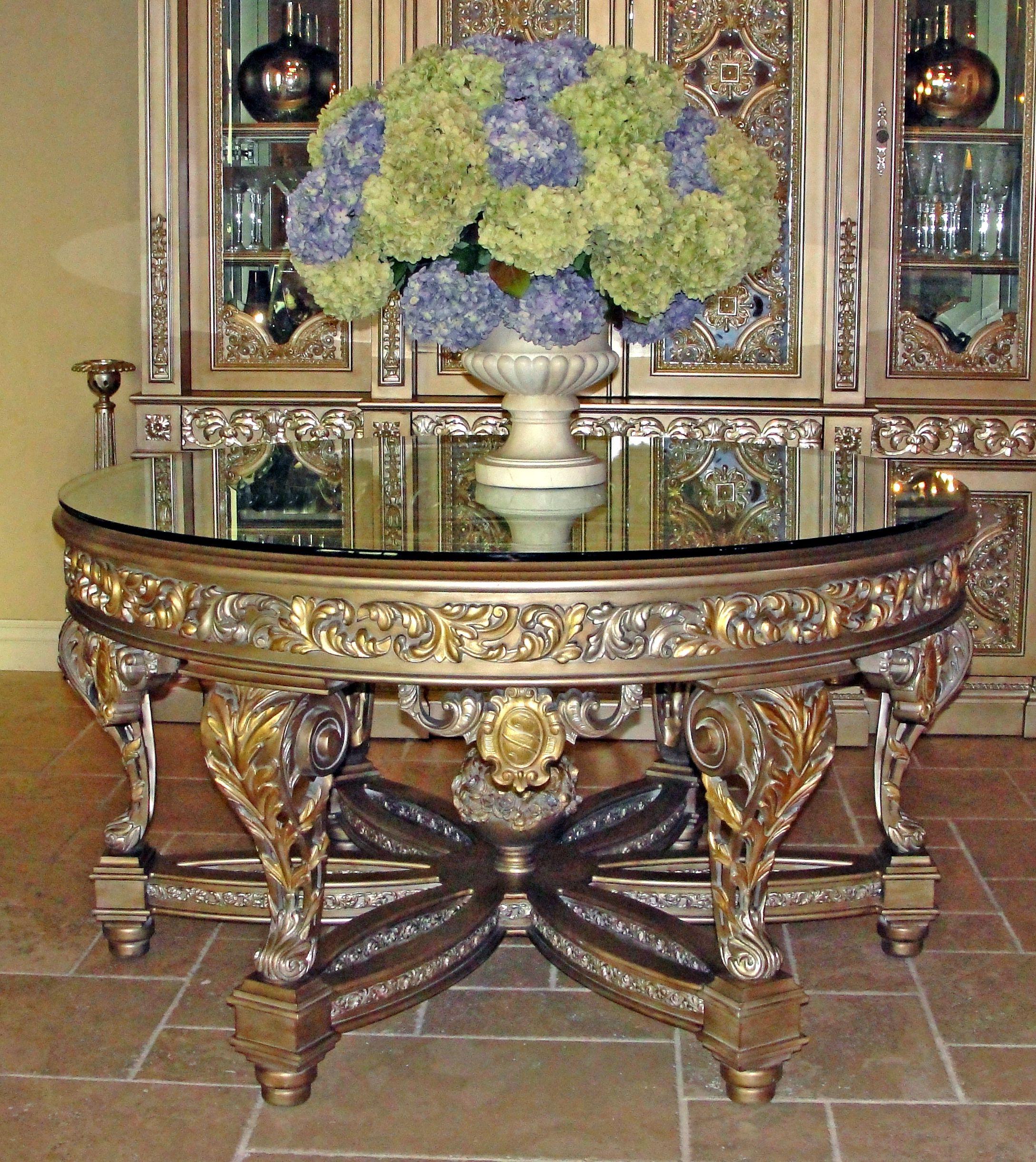 Wonderful Da Vinci Entry Table