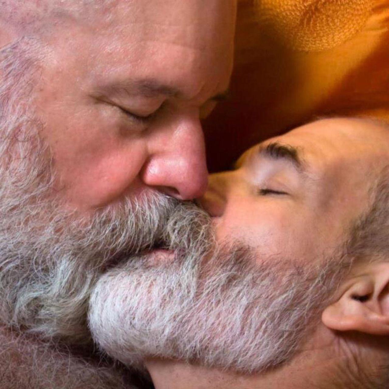 snow on the mountain kiss | kisses | pinterest | bears, bear men
