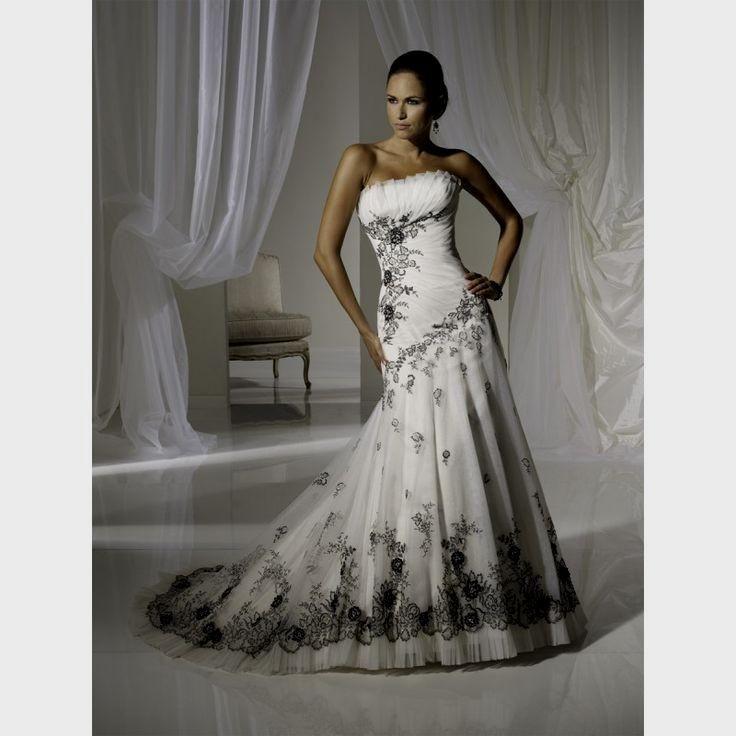 53d4e74ee743 White Gothic Wedding Dress Naf Dresses
