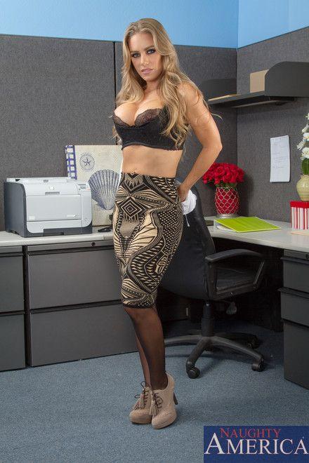 Смотреть порно с николь энистон в офисе фото 400-980