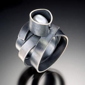 Christine Simpson Forni. American Craft Council, Baltimore  #ring #jewellery #design