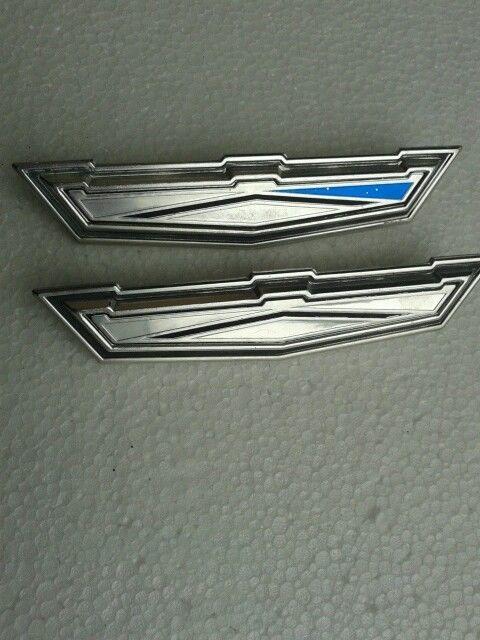1962 ford fairlane 500 hood emblem