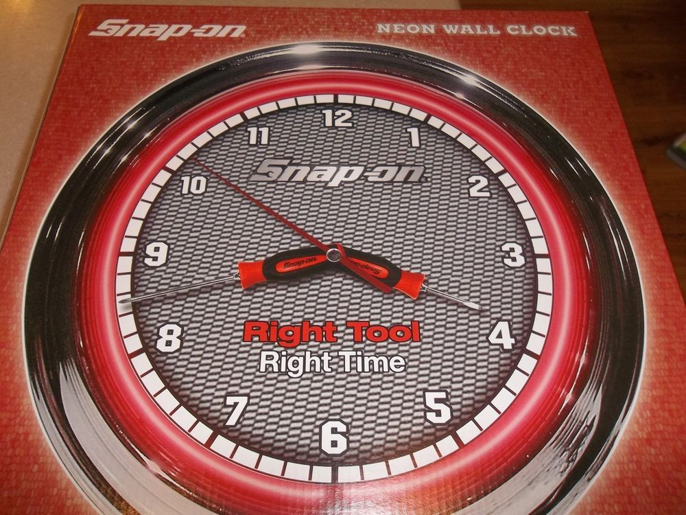 Man Caves Ni : Rare snap on tools neon wall clock ~ instinct screwdriver hands! man