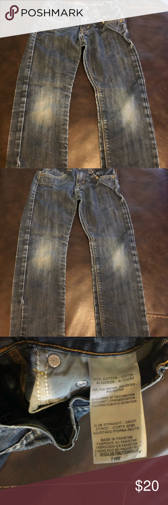 8c54c31fd9d Boys Levi's denizen Boys Levi's denizen 218 slim straight fit size 7.  Gently used, has some wear on the knees as shown in pics.