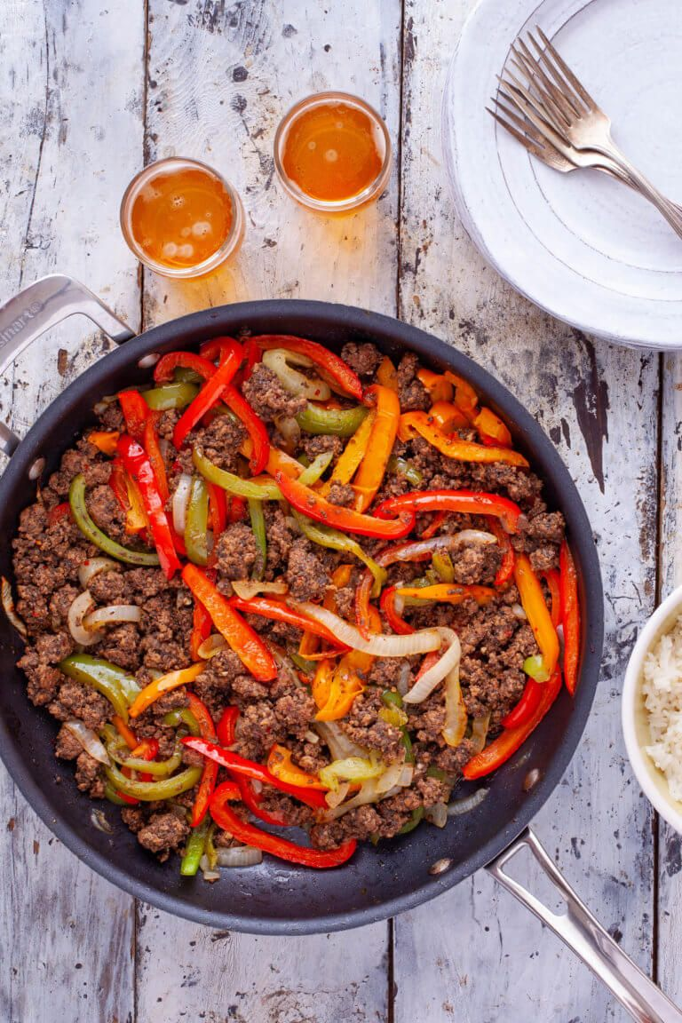 Fajitas Recipe with Ground Beef for Easy Weeknight Dinner - Eating Richly #beeffajitarecipe
