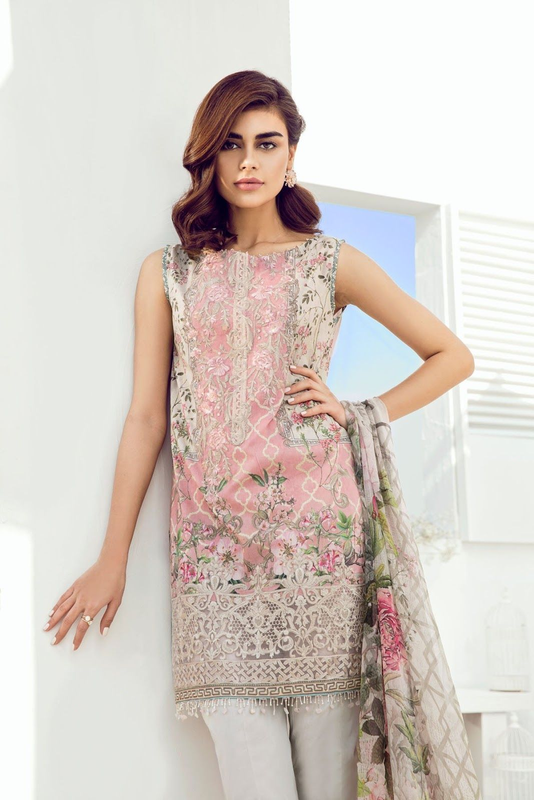 1d45df4424 Baroque Fuchsia Lawn 2018 Collection Pink Gardenia with model Sadaf Kanwal