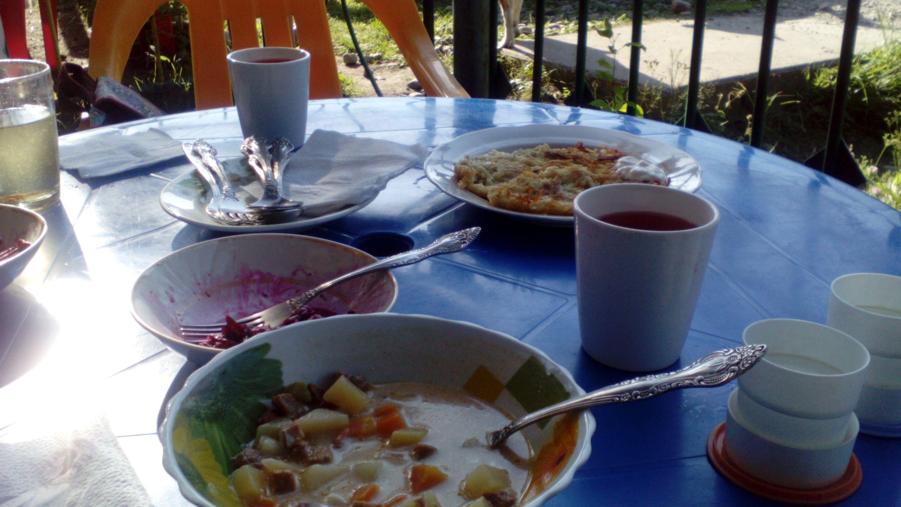 Обед в кафе Багульник. Фото из архива блога shveda.ru
