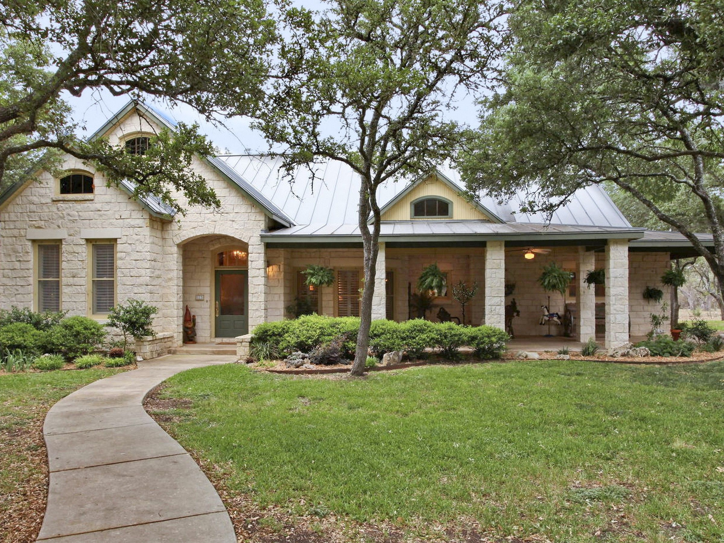 Texas Limestone Ranch Style Homes Classic Hill Country