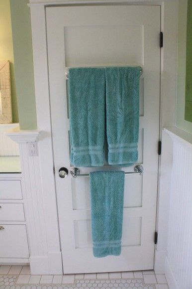 Towel Bars On The Back Of The Bathroom Door    Much Simpler Than The Over