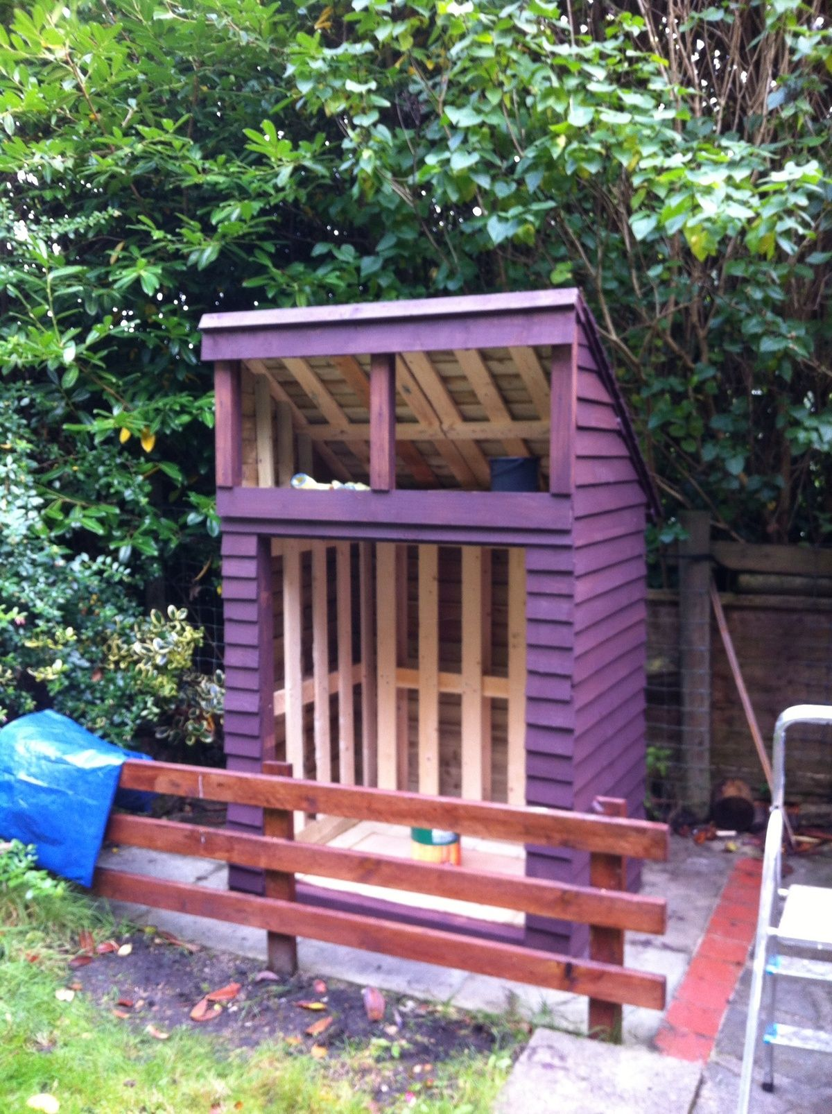 Log store DIY w/pallets | Recycled garden, Log store