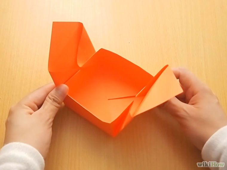 Tutorial: How to Fold a Paper Gift Box Step 12