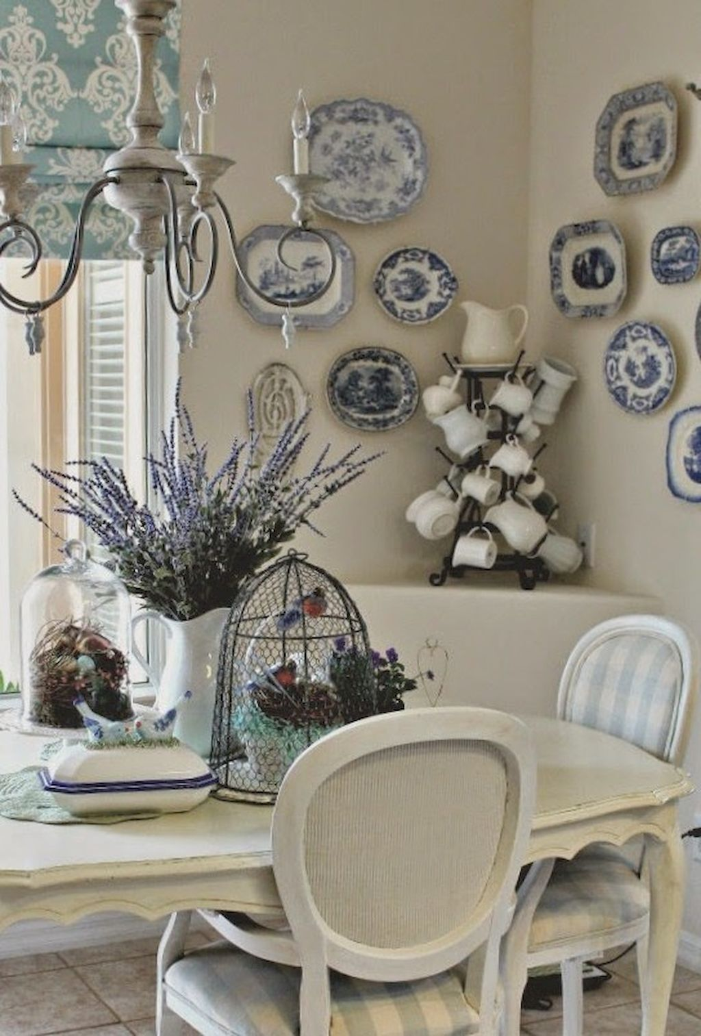French Country Dining Room Table and Decor Ideas