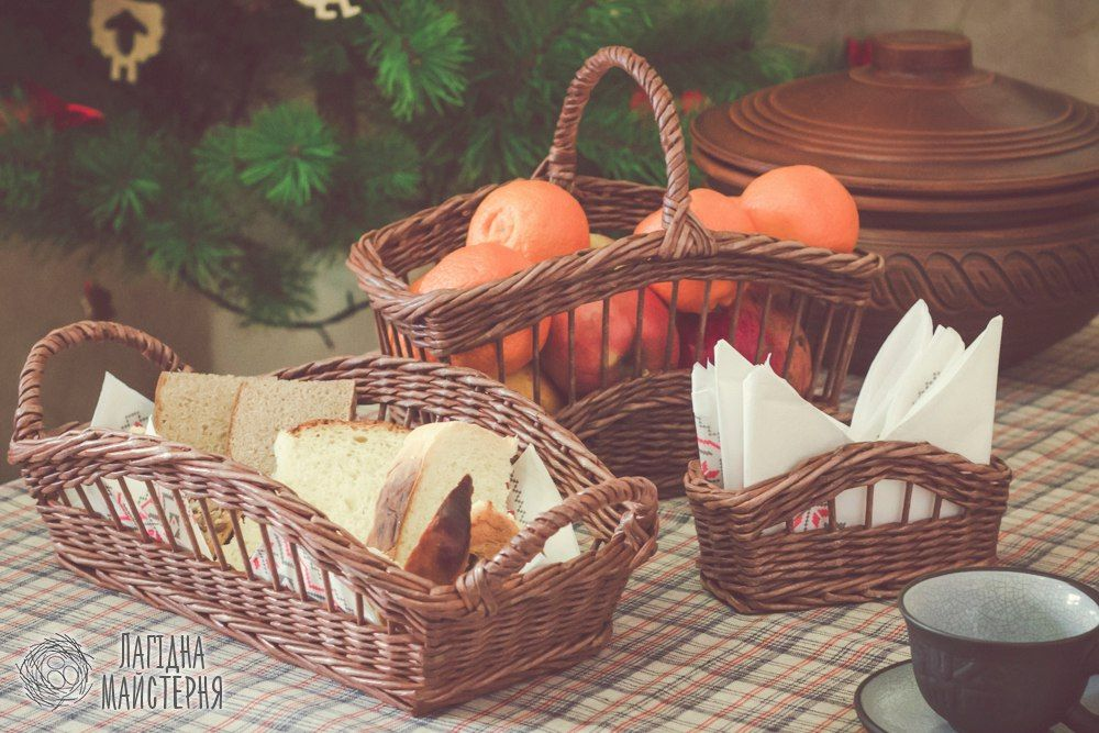 Набор для кухни: корзина для фруктов, поднос для хлеба и салфетница (плетение…