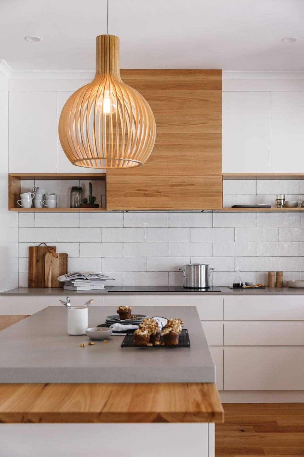 Grand Modern Featuring A Solid Blackbutt Timber Rangehood
