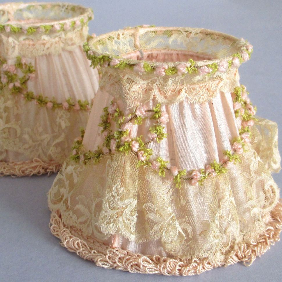 Pr antique pink silk lace chandelier shades rosette swags orig pr antique pink silk lace chandelier shades rosette swags orig boxes france ebay mozeypictures Image collections