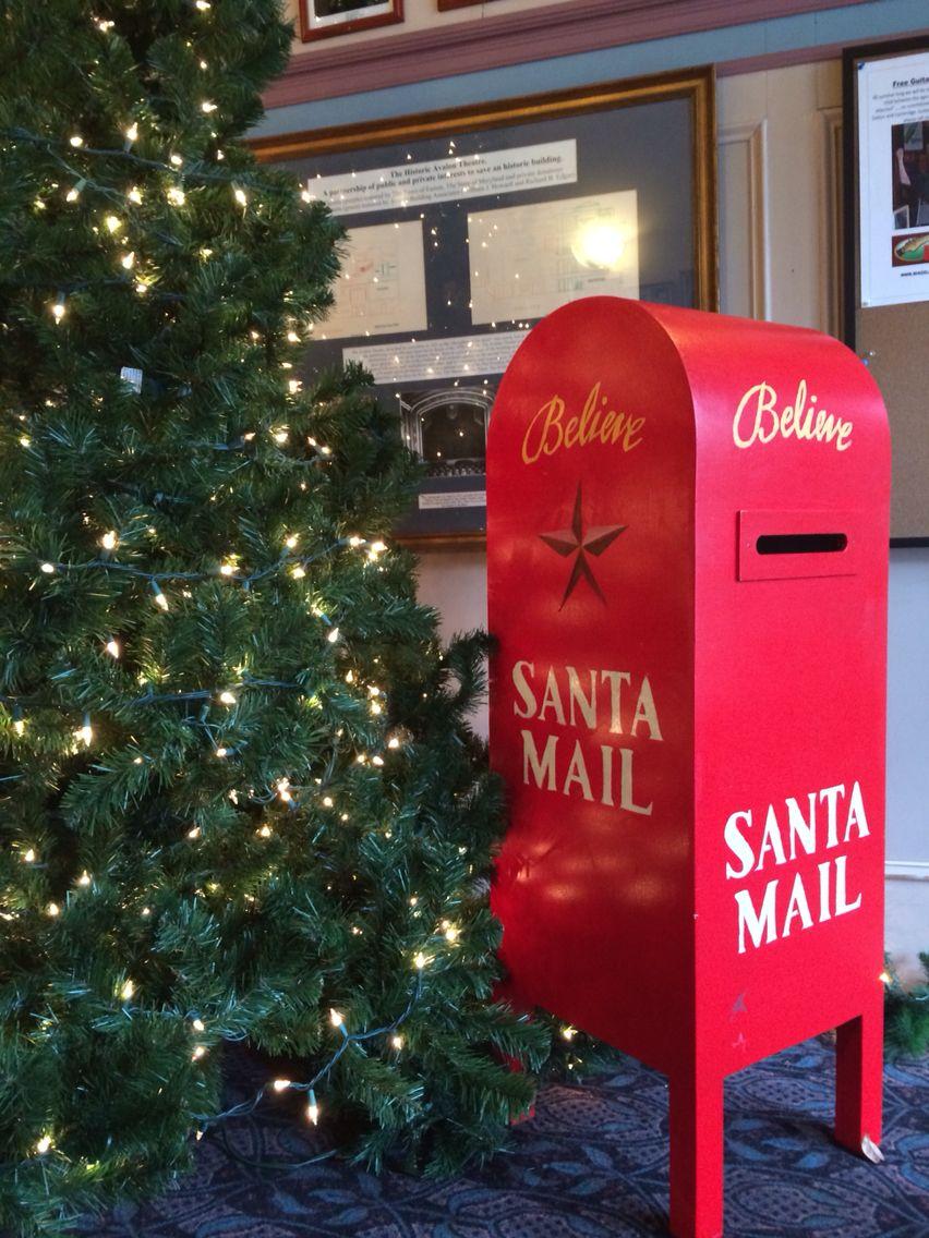 Santas Mail Box Miracle On 34th St Santa Mail Office Cubicle