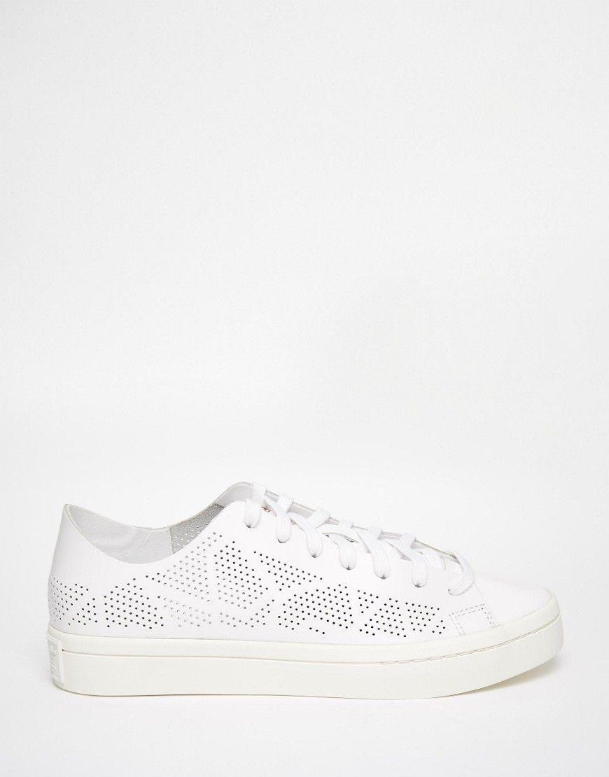 Adidas Originals Court Vantage White Perforated Trainers 59 Baskets Adidas Asos