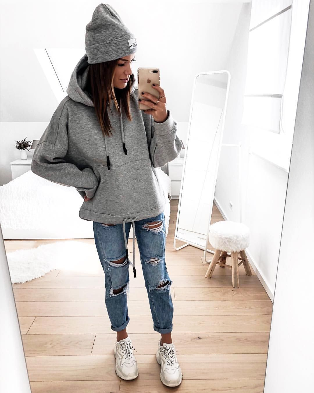 "Photo of FASHIONPUGLADY BY JAQUELINE on Instagram: ""#hoodielove ❤️ 