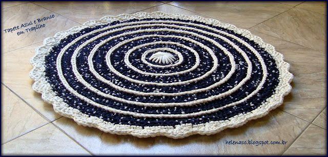 Je AUSSI ... CROCHETO: Round Blue Carpet et blanc en Trapilho