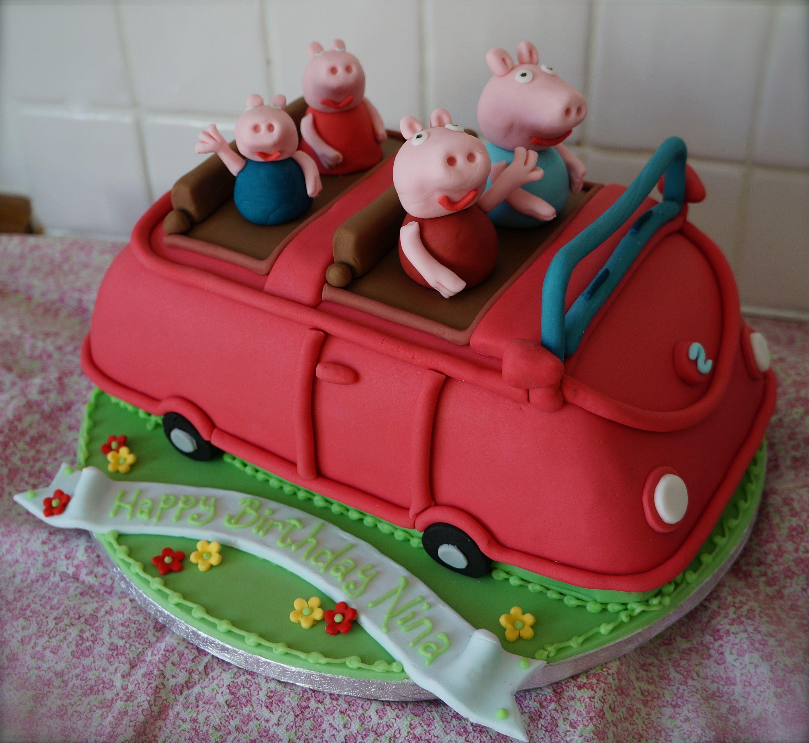 Peppa pig family car birthday cake party ideas