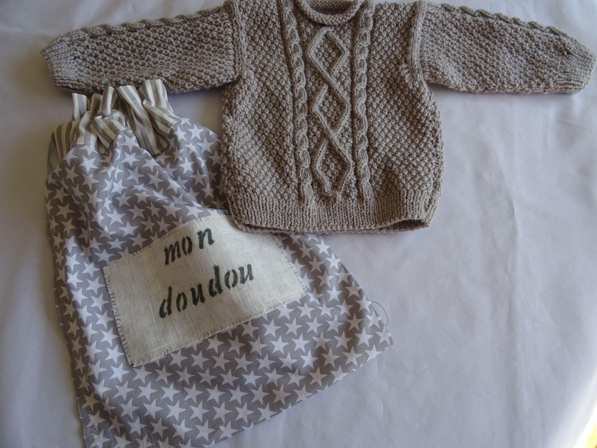 eaace13dd3c3d pull irlandais pour bébé en laine avec son pochon   Mode Bébé par  les-tiroirs-de-manine