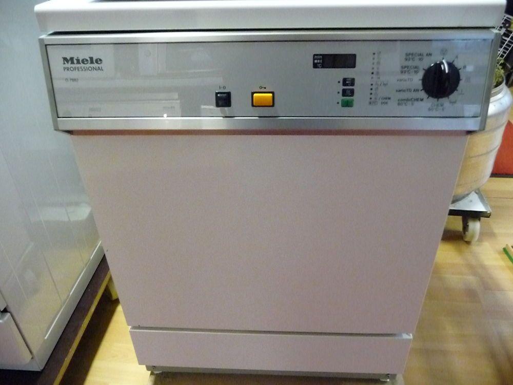 Miele G 7882 Reinigungs Und Desinfektionsautomat Serielle
