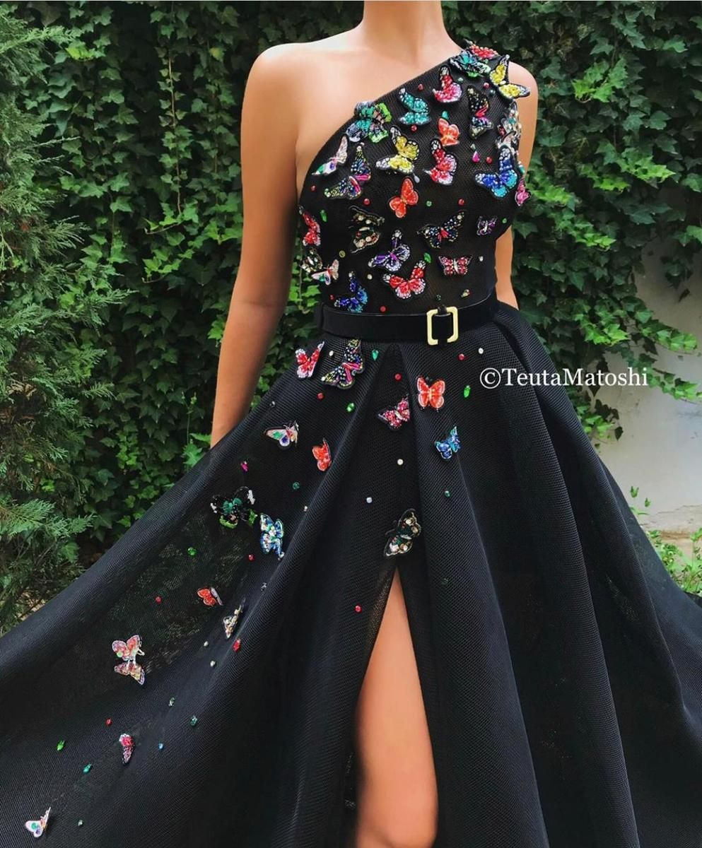Butterfly Love Gown Gowns Detailed Black Dress Ball Gown Dresses [ 1200 x 993 Pixel ]