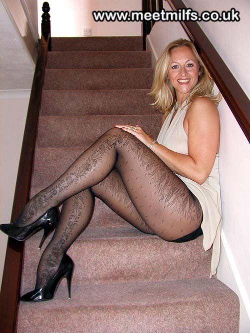 Lady charlotte british milf — photo 4