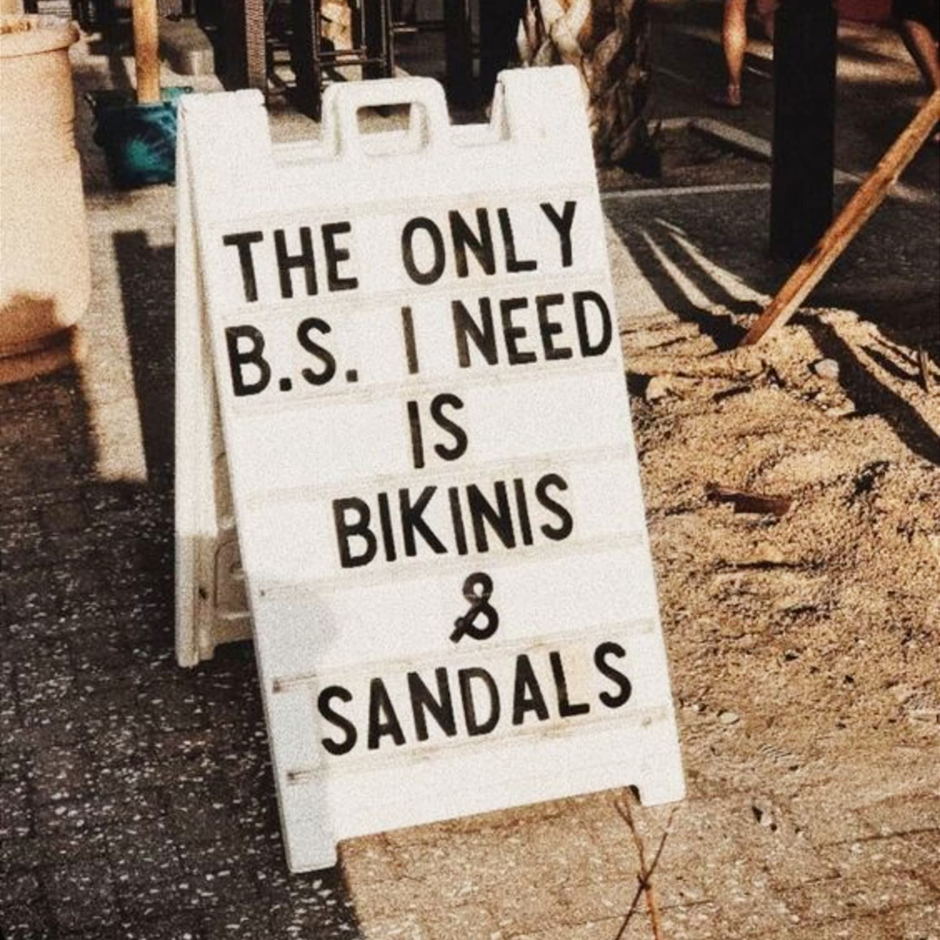 9 Summer Vibes Quotes and Memes That Give Us ALL The Summer Vibes Feels - Clever DIY Ideas