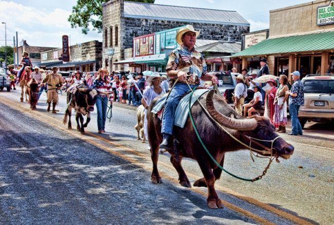 Labor Day Parade In Bandera Tx Cowboy Capital Of The World Texas Hill Country Visit San Antonio San Antonio Texas