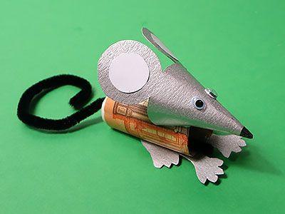 Mit dieser Geldgeschenk Idee kannst du eine Geldmaus basteln. Lade die Vorlage h…