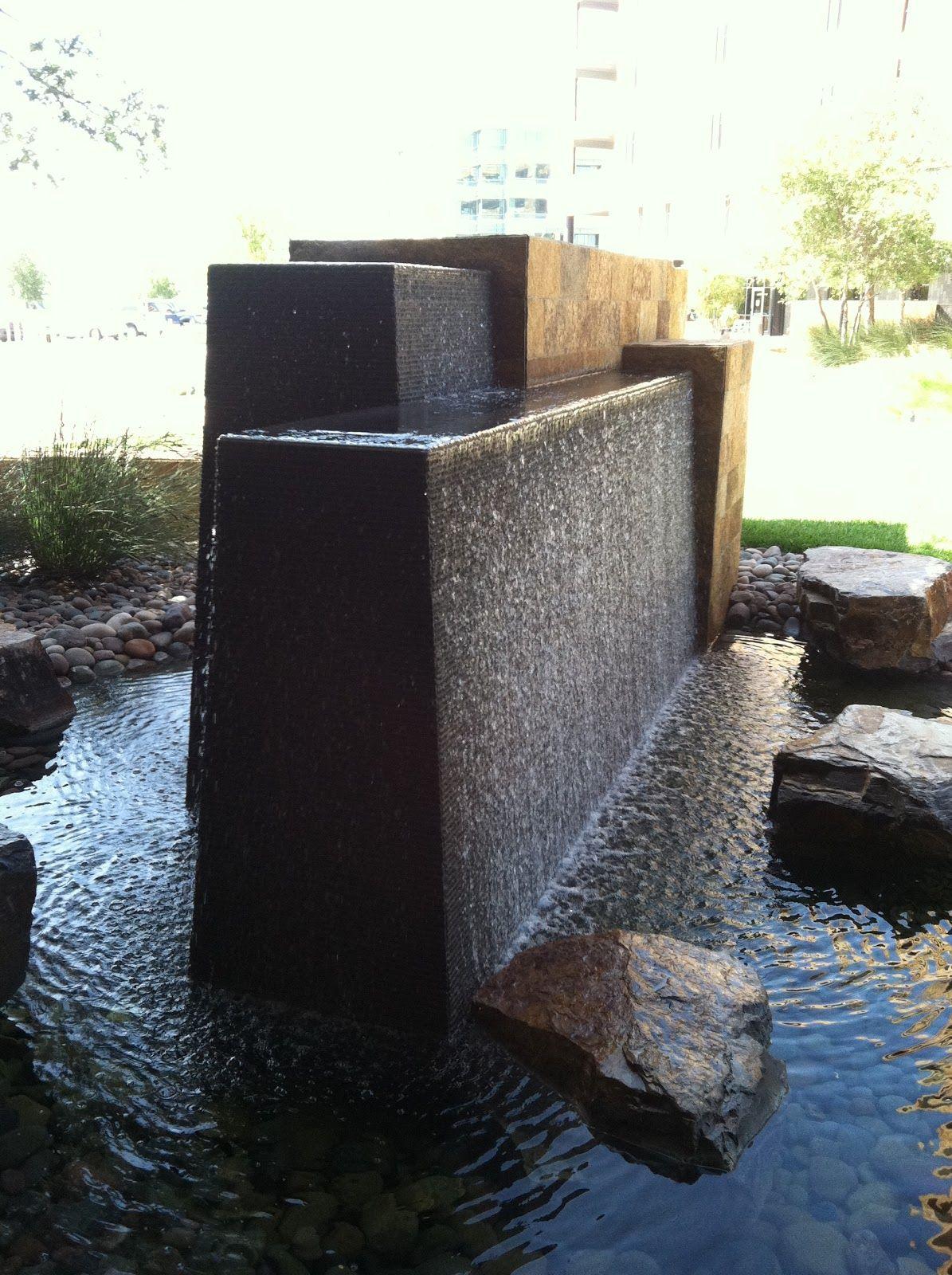 Resultado de imagen de modern garden walls ideas for Contemporary garden ponds