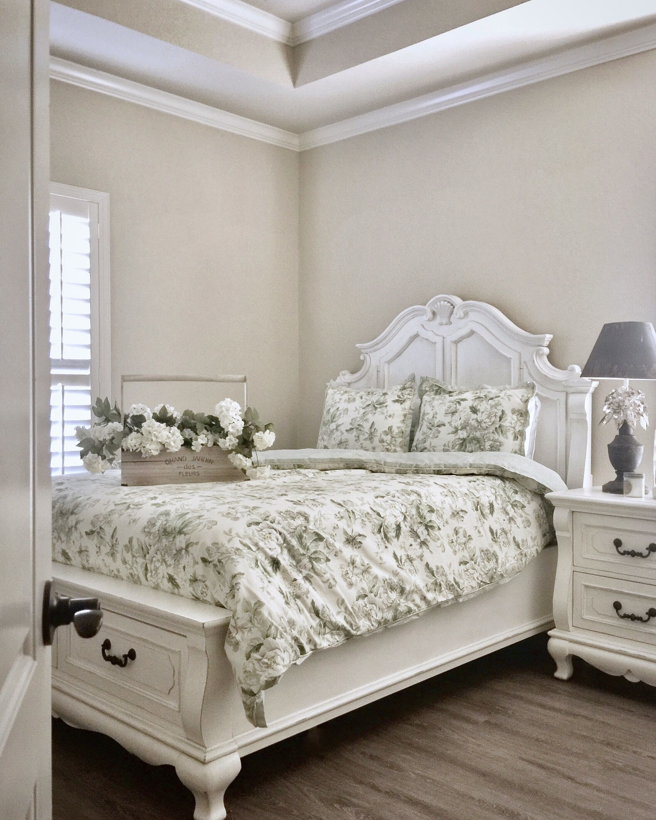 French country bedroom @gatheredgrace . . #bedroom #decor ...