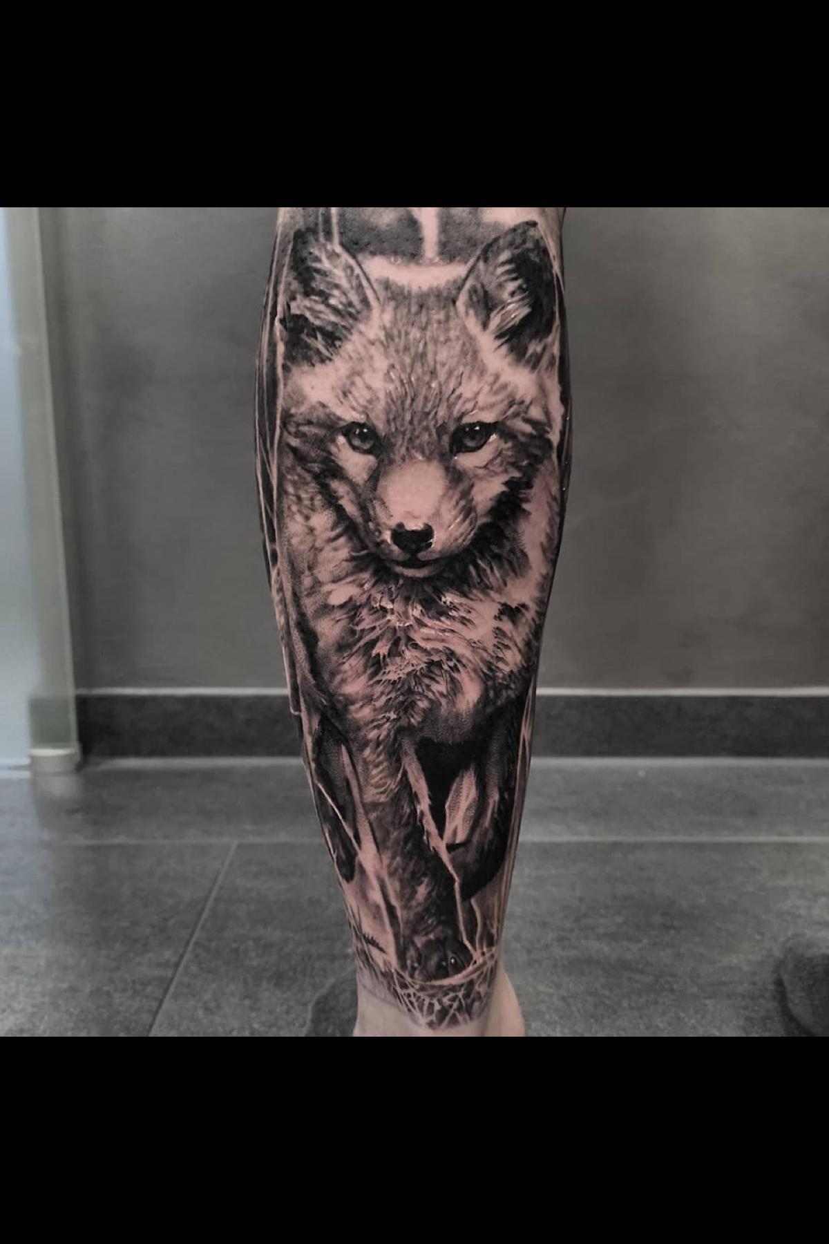Realistic Black And Grey Fox Tattoo Made In Germany By John Hudic Fox Tattoo Baby Owl Tattoos Black And Grey Tattoos