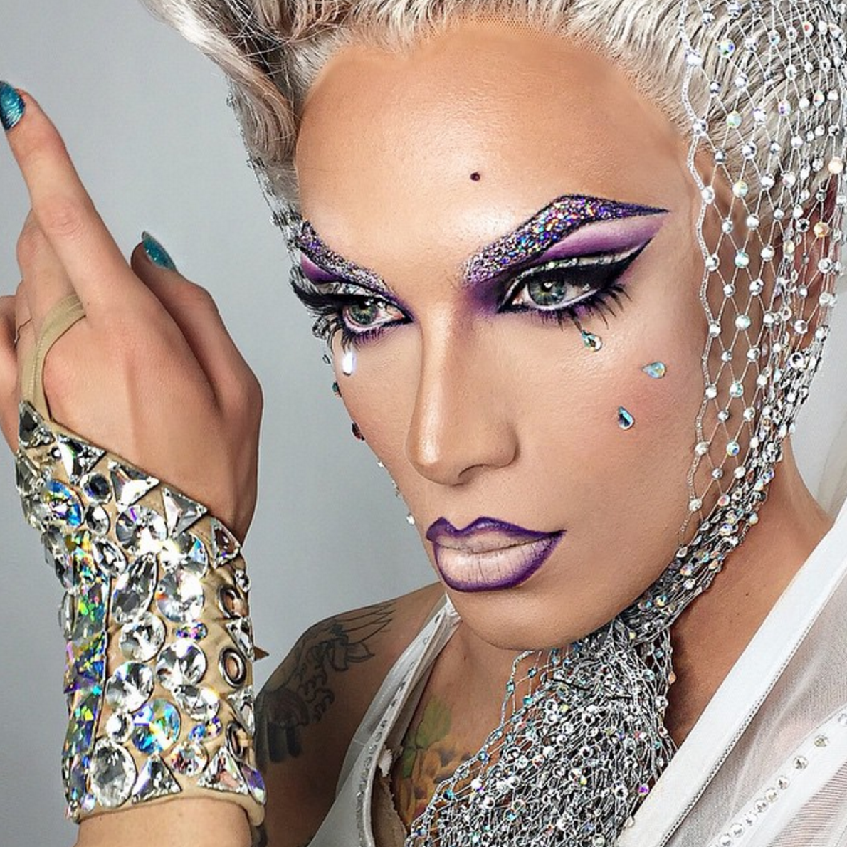@missfamenyc is able to model each of her looks like a seasoned pro, using her background as a model to strike the perfect poses and angles to celebrate her makeup.  More: http://blog.furlesscosmetics.com/miss-fame/
