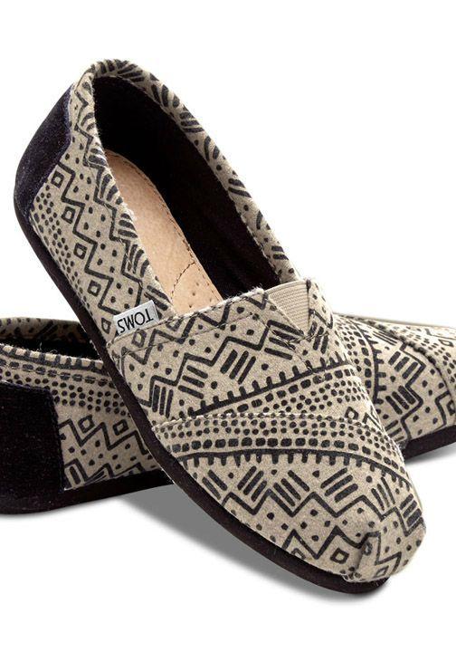 a8f7d0cd5e8 Toms Black Taupe Printed Wool Women s Classics