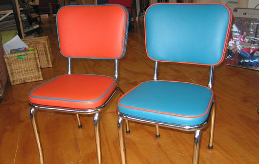 Retro Chrome Chairs In Vinyl Contrast Piping Living