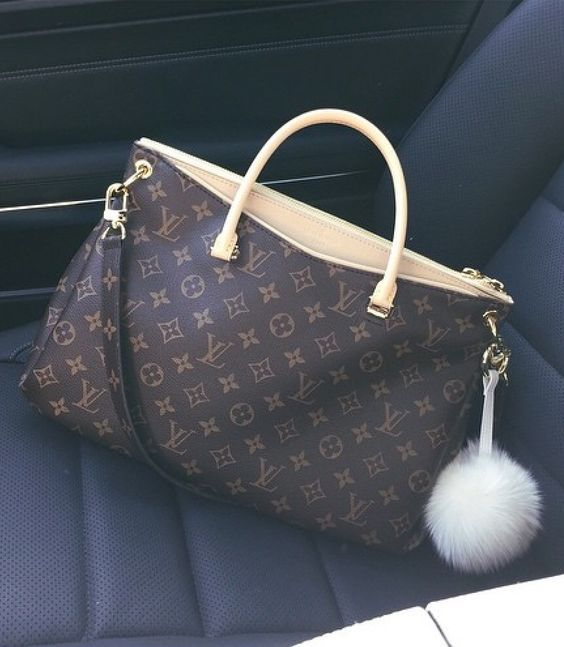 2017 Latest Louis Vuitton Bags For Styling Tips Pay Western Union Get 10 Discount Buy More Discount More Shop No Luxury Bags Bags Louis Vuitton Handbags