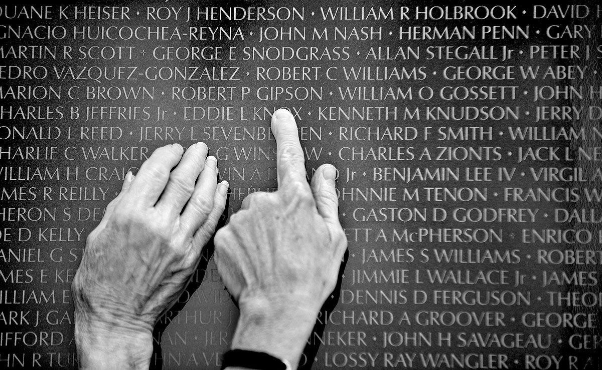 Veterans Day Google Search Vietnam Memorial Cool Photos Photos Of The Week
