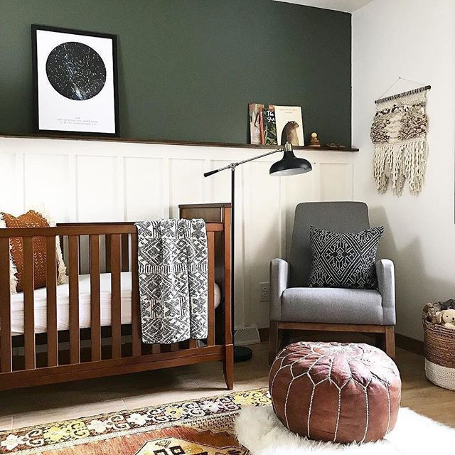 ALL the heart eyes for this sophisticated nursery from @brepurposed. What's your favorite part? I mean. Where do we start?!
