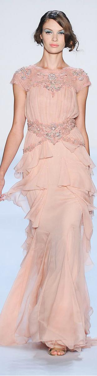 Badgley Mischka ○ SS 2014   Aurora   Pinterest   Rosas, Vestiditos ...